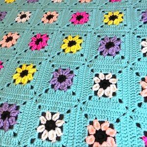 Vintage Crochet Flower Throw Blanket